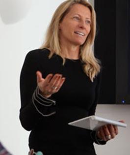 Erika Uffindell
